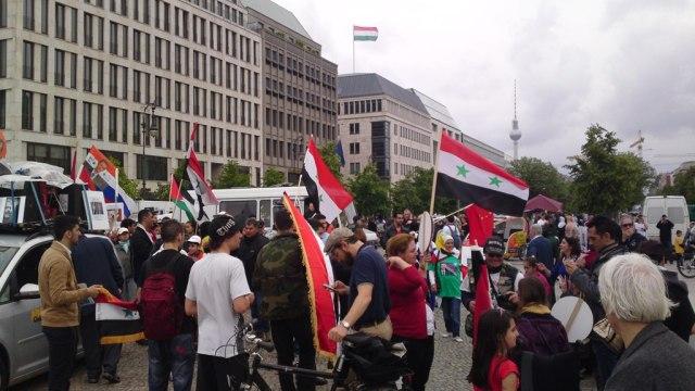 Blick auf die Ungarische Botschaft